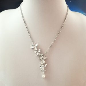 collier mariage orchidee argent